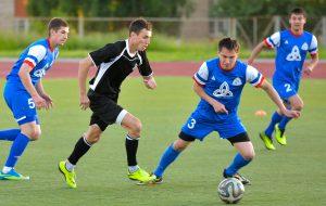Во 2 группе летнего Первенства «НКНХ» по мини-футболу сменится победитель
