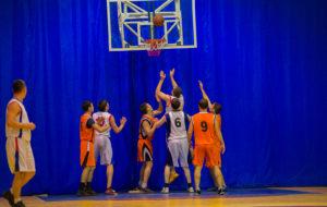 На баскетбольную площадку выходят новые коллективы