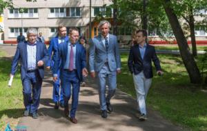 Лагеря «Нижнекамскнефтехима» посетил депутат Госдумы