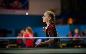 Первый день турнира по настольному теннису памяти Олега Аллаярова собрал 150 участников